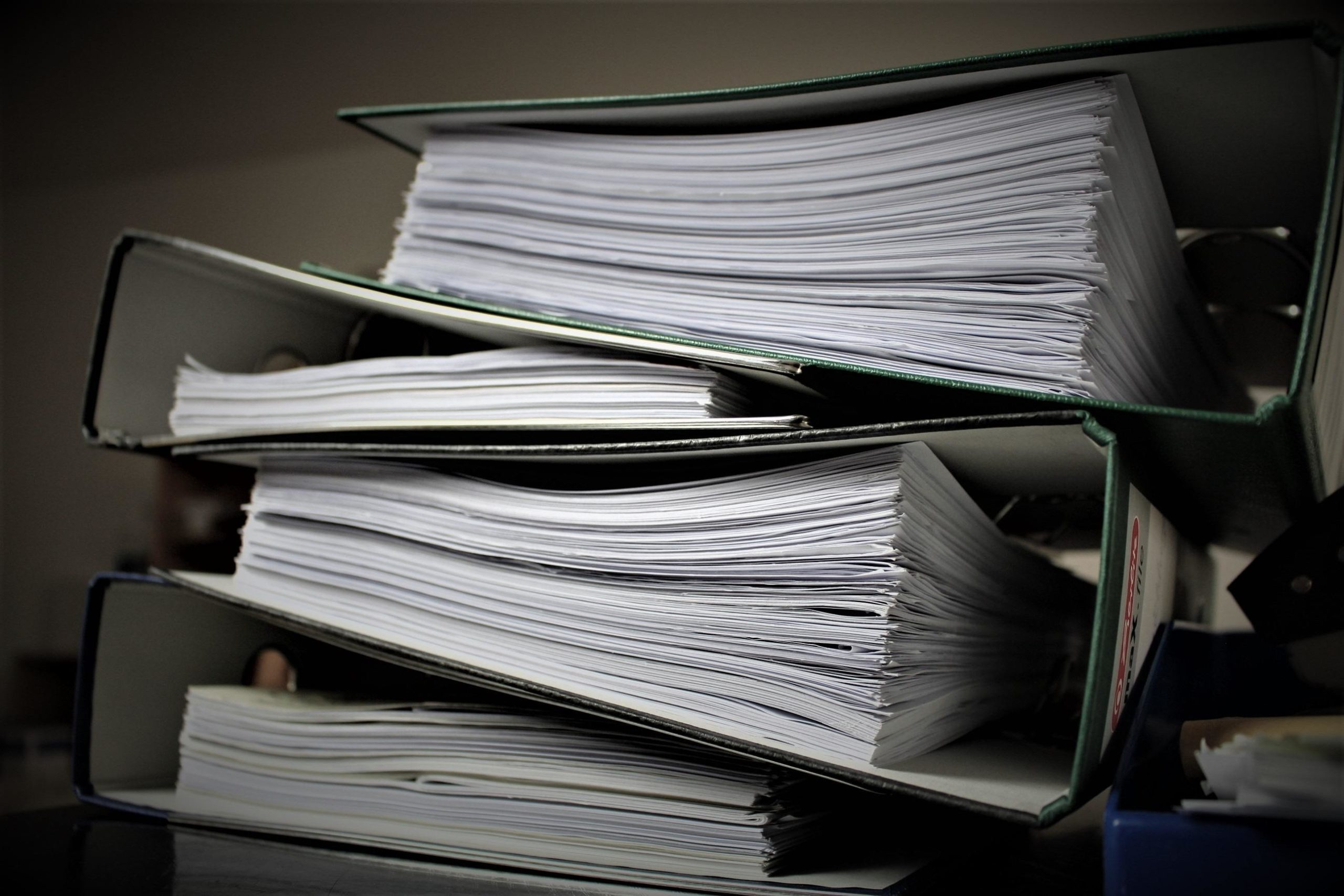 Starting your own law firm? Consider a paperless practice.